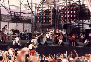 Live-Aid-1985-live-aid-31366540-1741-1196